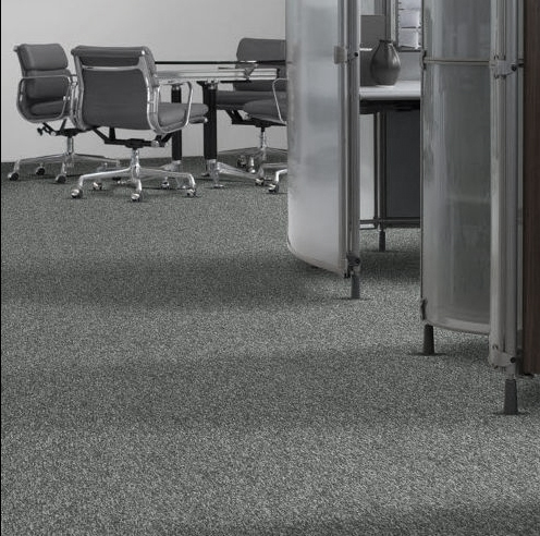 Looking for Interface carpet tiles? Quadro Boston in the color Carbon is an excellent choice. View this and other carpet tiles in our webshop.